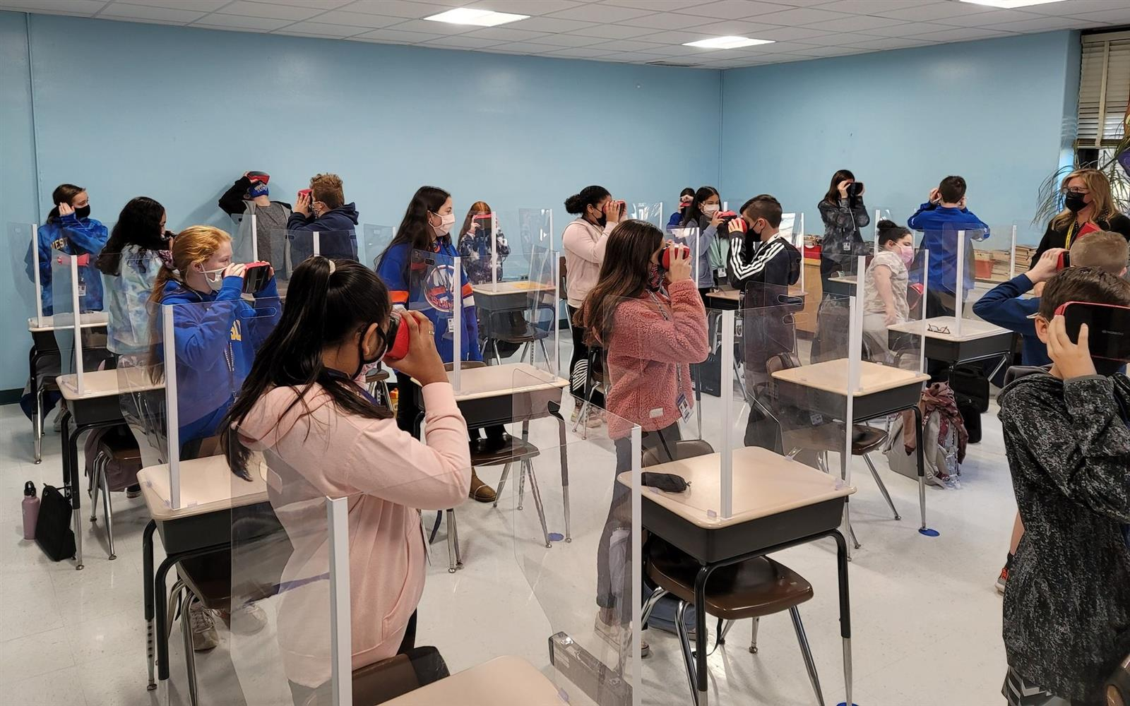 Udall sixth graders take virtual space tour