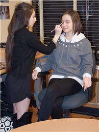 Cosmetology Students Get HS Newscasters Camera-Ready 2