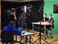 Cosmetology Students Get HS Newscasters Camera-Ready 3
